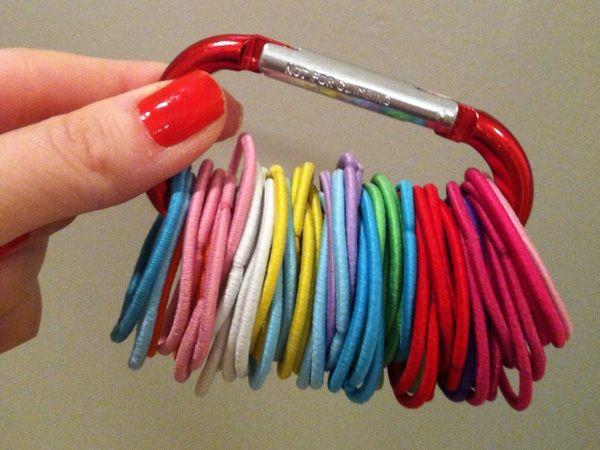 Trucos para guardar gomas de pelo y horquillas