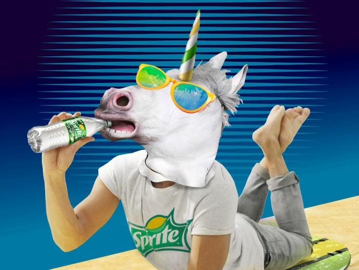 «Неожиданный, как единорог на сёрфе»: рекламная кампания Sprite Огурец | Реклама Маркетинг PR - SOSTAV.RU
