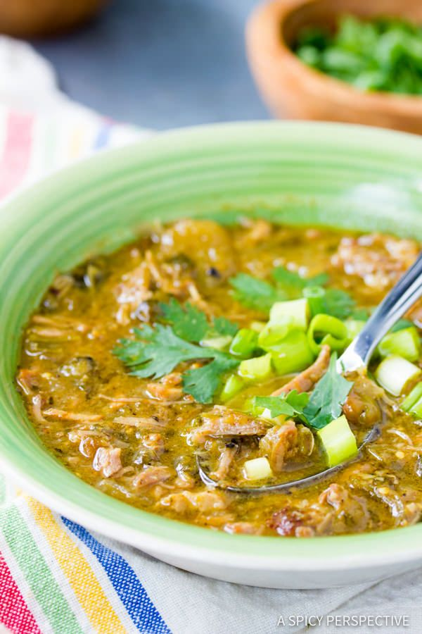 New Mexico Chile Verde (Green Chili) - A rich and savory green chile recipe with is loaded with flavor! This New Mexican style recipe is made with hatch