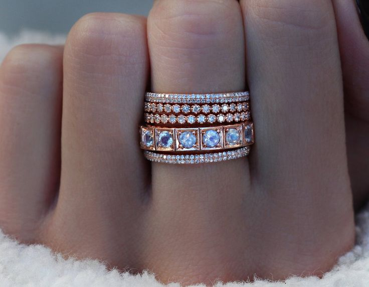 14kt gold and diamond rounded eternity ring – Luna Skye