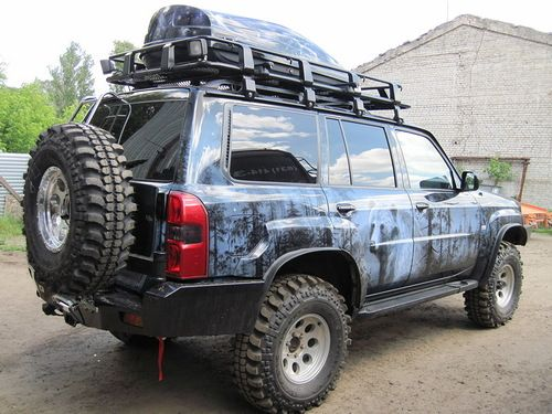 nissan patrol, fully offroaded out, russia