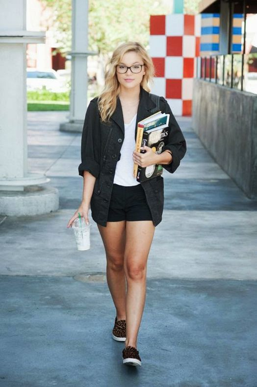 Olivia holt date of birth in Melbourne