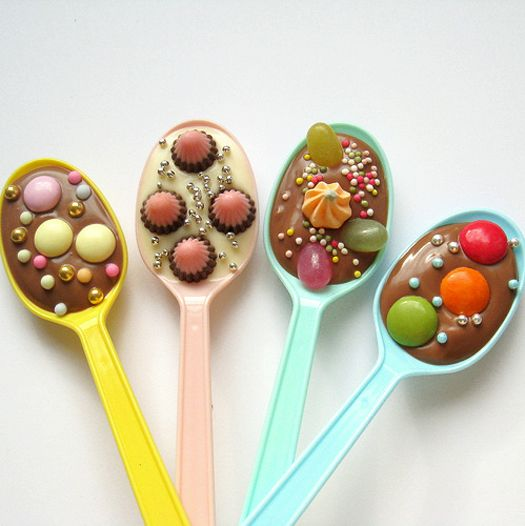 choc spoons Brilliant idea for school fetes.Children loved choosing their own mixtures of sweets. Not expensive to make!
