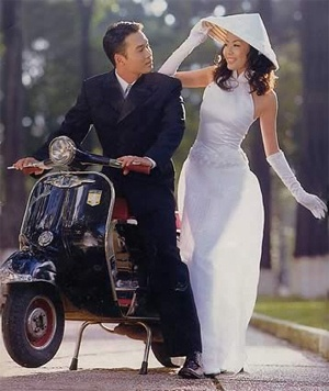 Vietnamese Vespa wedding.      ///////.     Vietnamese/English wedding invitation @ www.ThiepCuoiCali.com.        ///////////.