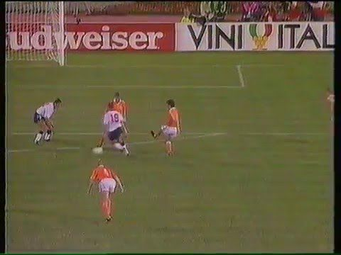 Gazza - Italia 90 - YouTube