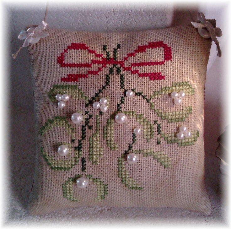 468 Best Cross Stitch Christmas Images On Pinterest