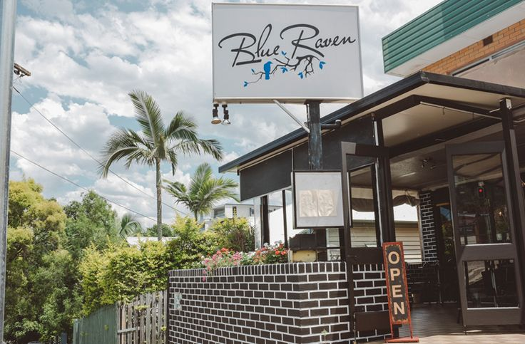 It's a pretty brave step opening a Brisbane restaurant specialising in American cuisine these days, given the amount of competition around town, but new Brisbane restaurant Blue Raven opened its doors two weeks ago with understated confidence.