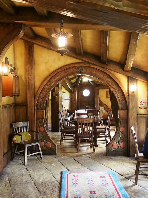 25 best ideas about hobbit houses on pinterest hobbit home hobbit house interior and hobbit hole. Black Bedroom Furniture Sets. Home Design Ideas