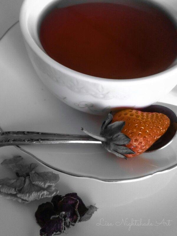 Strawberry and tea