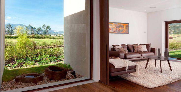 Asesoría, producción y diseño de acabados arquitectónicos para proyectos y espacios personales. Bogotá Colombia