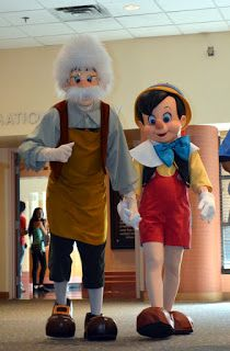 WDW Hints: Characterpalooza! One of Disney's best-kept Secrets!
