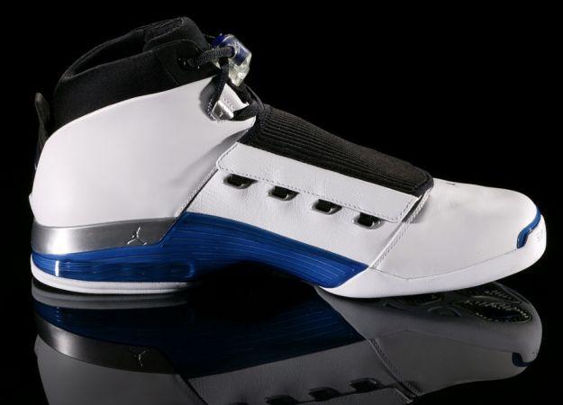 Air Jordan 17 (XVII) Original (OG) - White / College Blue -