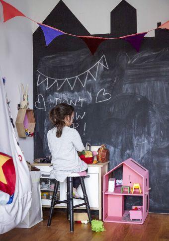 È divertente disegnare e lasciare messaggi sulla parete-lavagna - IKEA