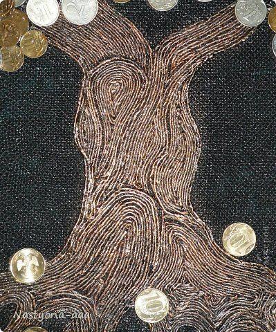 """Здравствуйте жители Страны Мастеров!!! Выношу на ваш суд моё денежное деревце. Создавалось оно в качестве подарка на юбилей близкой знакомой. Хочу поблагодарить m_a_r_i_n_a (http://stranamasterov.ru/user/207978), за замечательный и подробный МК """"Волшебный саженец"""", который вдохновил меня на создание этого дерева. Так же это мой дебют в технике Пейп-арт (http://stranamasterov.ru/node/308701) Татьяны Сорокиной. фото 8"""