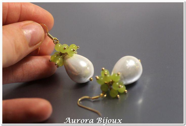 Bianco perla centrale barocco shell perla e agata verde mela verde pallido gemme cluster argento oro 925 italiano di qualità di AuroraFashionJewelry su Etsy https://www.etsy.com/it/listing/257787929/bianco-perla-centrale-barocco-shell