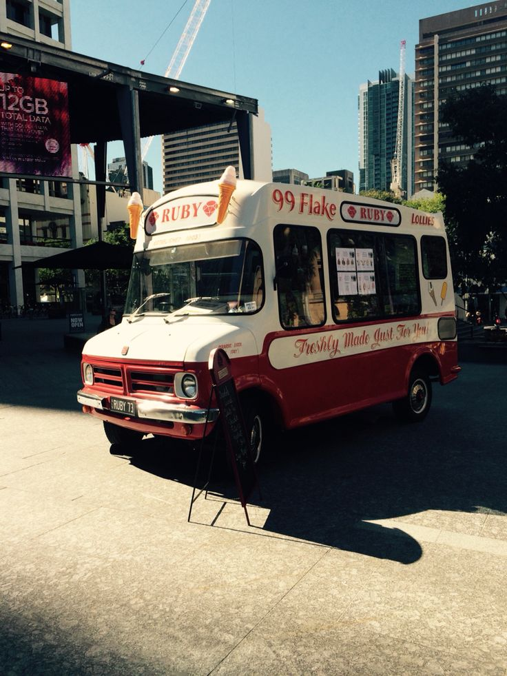 Ruby Icecream Van in King George Square 1/9/15