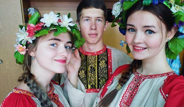 Концертное утро воскресенья! Так и живем,  без сна и отдыха �� Любите людей искусства! ������ #we #love #look #follow #insta_che #girls #boy #student #friends #goodmorning #Sunday #singing #smile #eyes #hair #happy #beautiful #команда #друзья #Россия #улыбки #концерт #студентымузыканты #студенты http://butimag.com/ipost/1556100934845003708/?code=BWYYY5AFve8