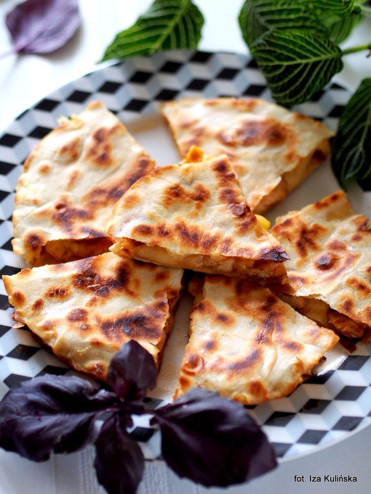 Smaczna Pyza: Quritto czyli quesadilla z kurczakiem, kukurydzą i serem