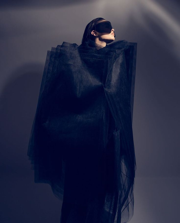 "334 Me gusta, 12 comentarios - Daniel Bellqvist (@danielbellqvist) en Instagram: ""From a shoot in our old studio a few years back with model @emmacorneliajohansen #fashion…"""
