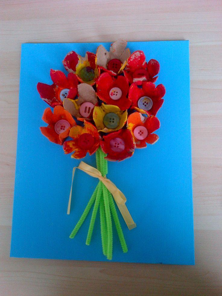 Schilderij bos bloemen van eierdoos