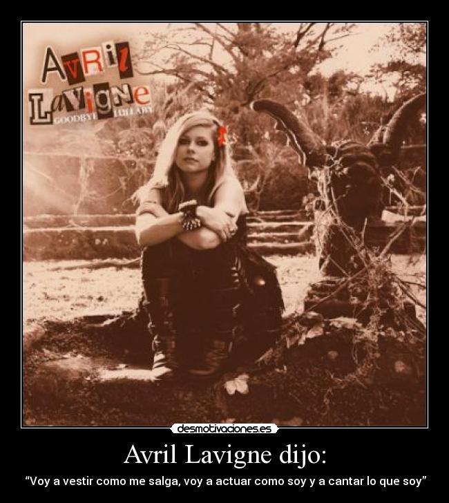 Avril Lavigne :3