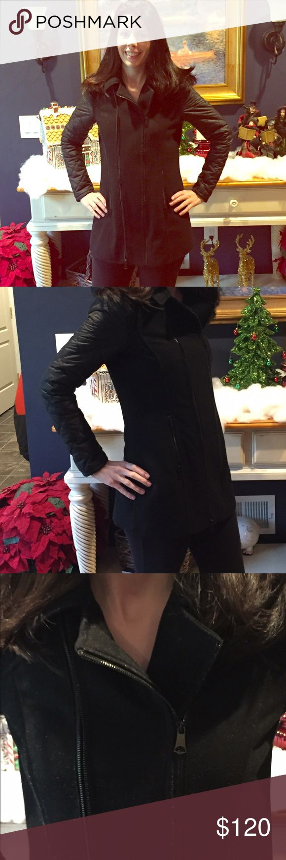 Andrew Marc Coat ! If you want more pics ask :) Great for Fall or mild winters. One year new. If you'd like more photos just ask :) Andrew Marc Jackets & Coats