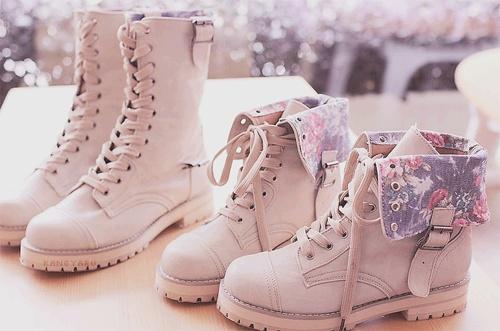 boots, dock marten, floral