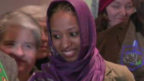 A Christian professor wearing hijab out of solidarity with persecuted Muslim women should be commended, not punished  for setting example of Jesus's teachings.