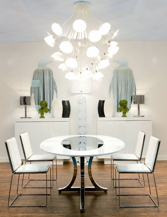 A #moderndesign is best known for it's clean lines, open floor plans and minimalist décor. It has a historical inclination and focuses on a minimalist #décor. Read our blog for more information.