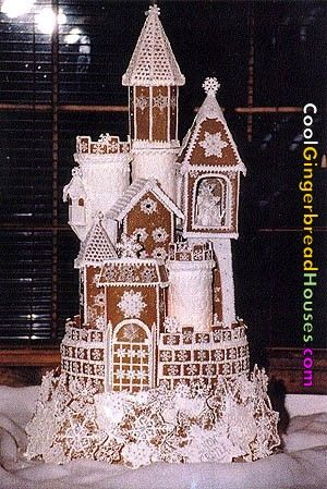 Castle: Castles Cakes, Gingerbread Castles, Ice Castles, Winter Wedding, Gingers Breads Houses, Gingerbreadh, Holidays, Christmas Wedding, Gingerbread Houses