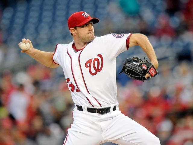Max Scherzer ties MLB record with 20 strikeouts