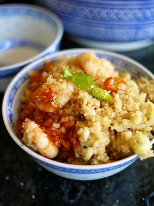 The Londoner: Guilt Free Egg Fried 'Rice'. Carb free, low cal, quick, delicious, easy and ridiculously good for you!