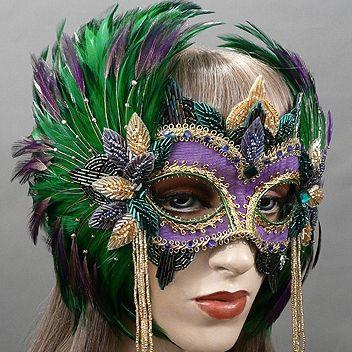 QueenMardi GrasMasquerade Mask Thumb