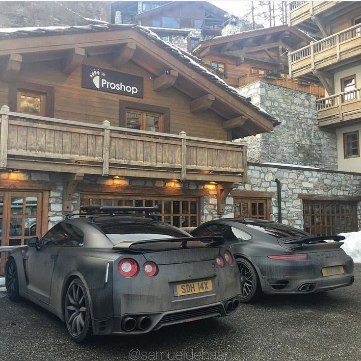 Wood Feature Wallideas: #Nissan #GTR #Porsche #Matte #Satin By