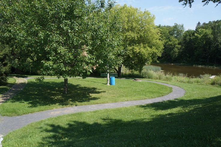Ducanville Park in #Russell Ontario is perfect for those who want to spend some time sitting in nature, along the river in peace. It consists of green space and a few benches, located right near the bridge.