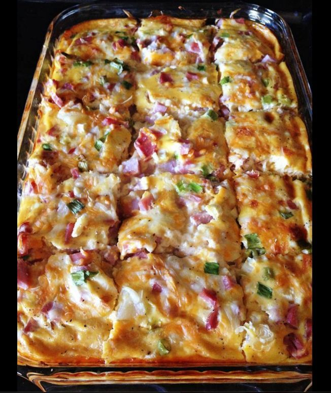 Farmer's Casserole 3 cups frozen hash browns 3⁄4 cup shredded monterey jack pepper cheese 1 cup cubed cooked ham 1⁄4 cup green onion, well chopped 4 well beaten eggs 1 (12 ounce) can evaporated milk 1⁄4 teaspoon black pepper 1⁄2 teaspoon salt Directions