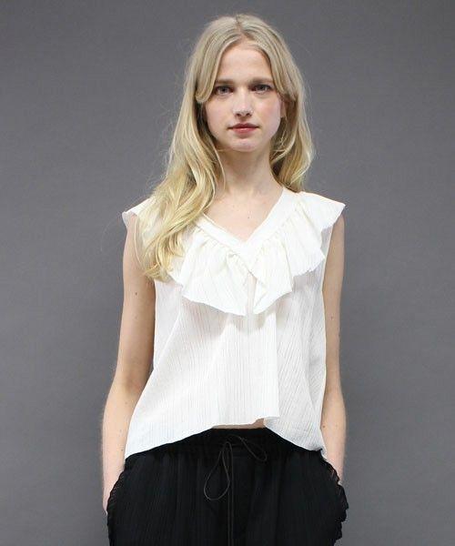 【ZOZOTOWN 送料無料】t.yamai paris(ティ ヤマイ パリ)のシャツ/ブラウス「Seeahand Crape ノースリーブVネックフリル」(TY46-19-FC194)を購入できます。