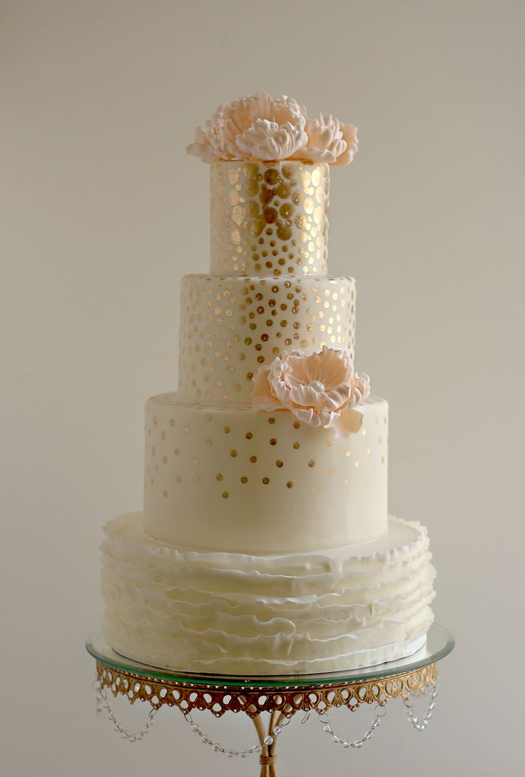 white peach and gold wedding cake 144 best images about gold mint wedding ideas on 27306