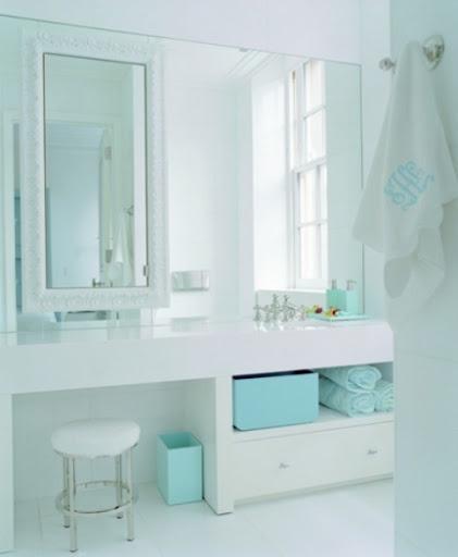 1000 ideas about tiffany blue bathrooms on pinterest blue bathrooms tiffany blue and tiffany - Tiffany blue bathroom ideas ...