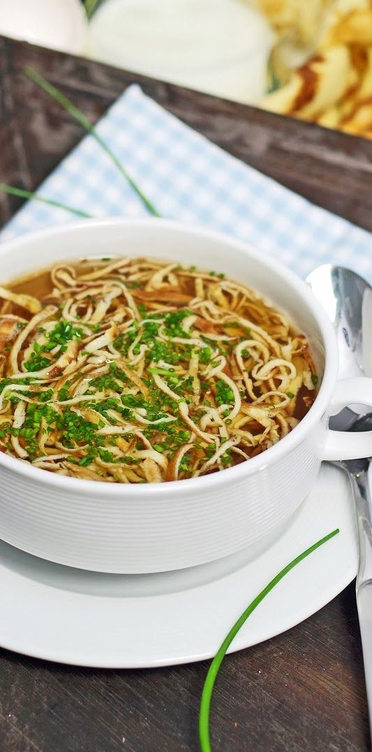 Flädle-Suppe oder aber auch Frittaten-Suppe