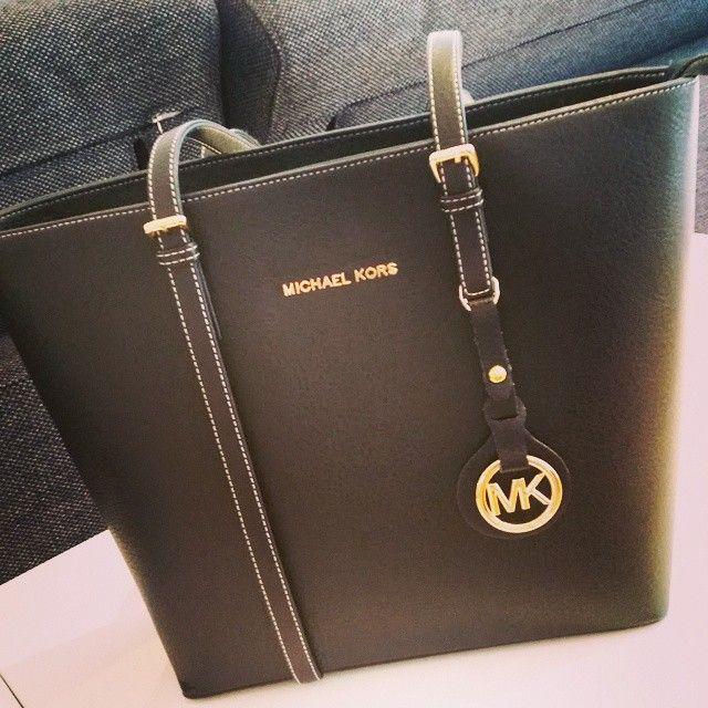 Michael Kors Handbags Save on MK Bags! Latest Designer Sales #Michael #Kors #Handbags