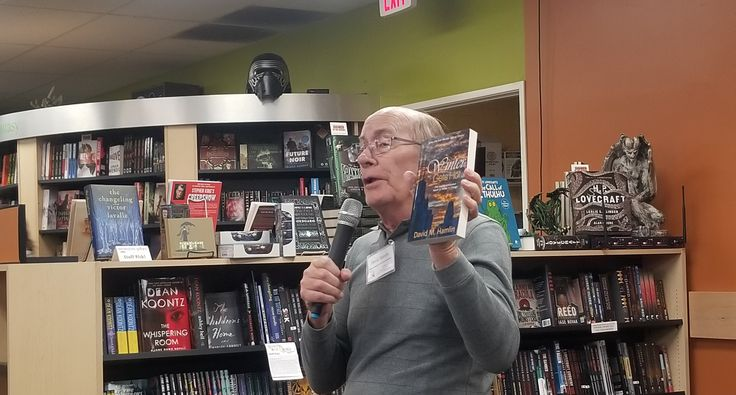 Thank you .@MystGalaxyBooks for hosting the local author meet and greet Saturday, January 21. #WinterinChicago and #WinterGetsHot author .@dmhwrites had a great time introducing his #mysteryseries to readers and meeting fellow authors! #CA #authorevent