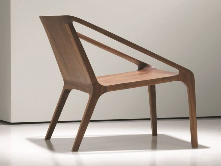 Wooden easy chair with armrests LOFT by NURUS | design Shelly Shelly
