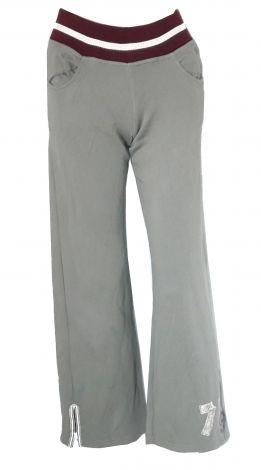 Je viens de mettre en vente cet article  : Pantalon de survêtement Nike 30,00 € http://www.videdressing.com/pantalons-de-survetement/nike/p-5923319.html?utm_source=pinterest&utm_medium=pinterest_share&utm_campaign=FR_Enfant_Fille_V%C3%AAtements_V%C3%AAtements+de+danse+%26+sport_5923319_pinterest_share