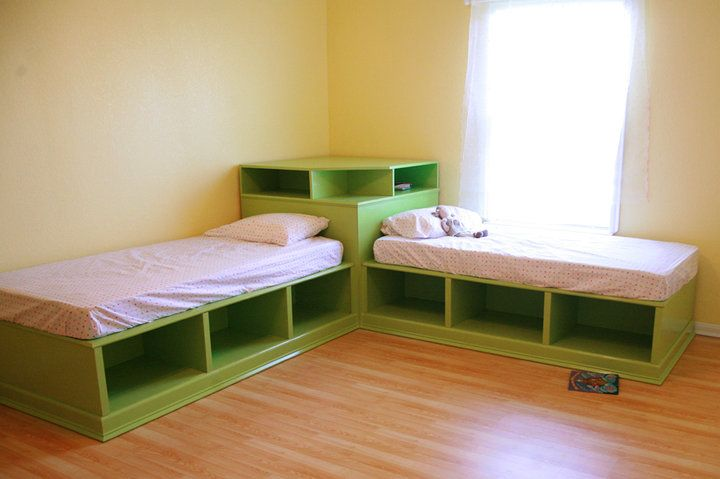 kids bed : corner beds and storage--great idea for sharing a room
