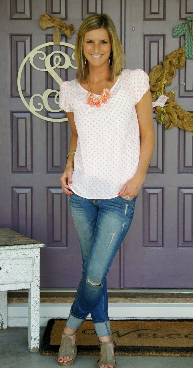 polka dot top and distressed @stitchfix jeans