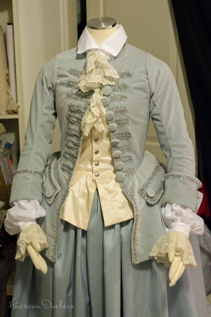 1740s Riding Habit, Waistcoat and Shirt, via the American Duchess.