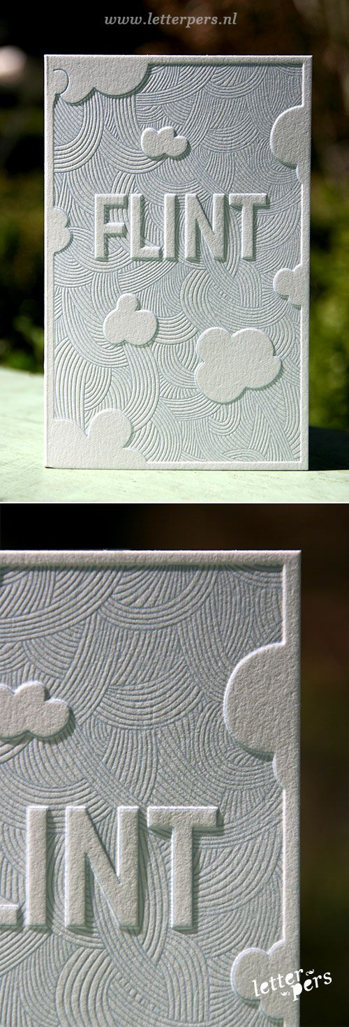 THIS IS KIND OF AMAZING | letterpers_letterpress_geboortekaartje_Flint_Preeg_wolken_blauw_bijzonder