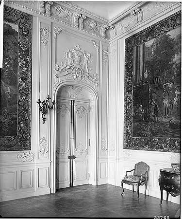 BL23768 The Corner Of Drawing Room At Tyringham House Also Known As Hall