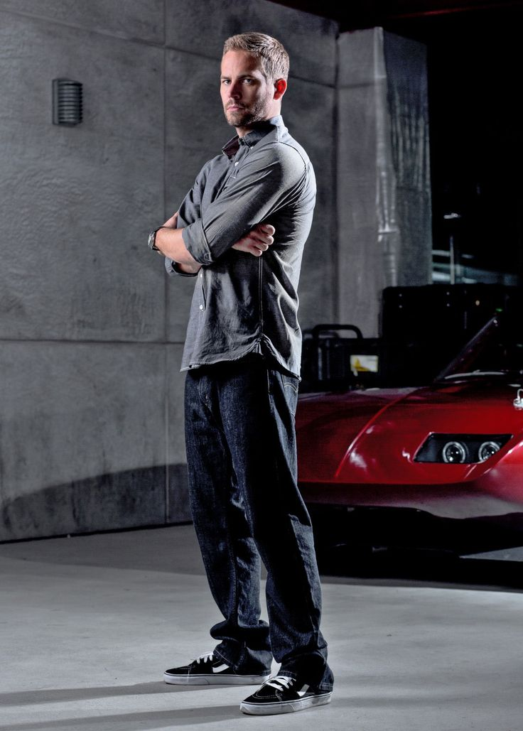 Paul Walker in Vans Old Skool black and whites